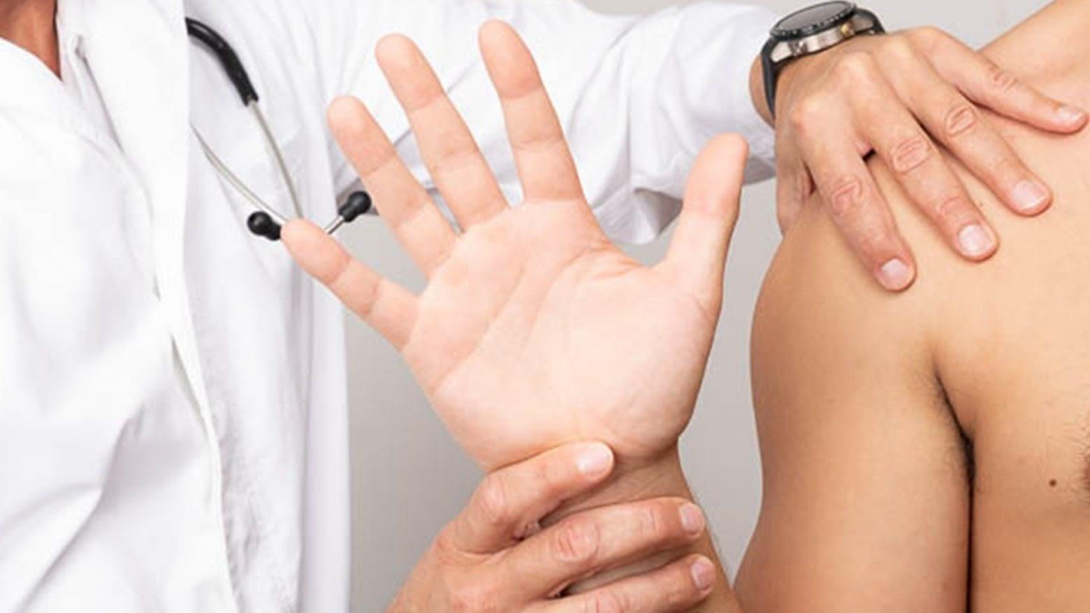 aka i ručni zglob