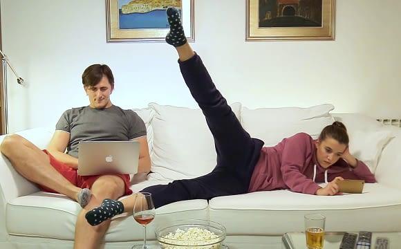 Gledanje serija i filmova uz vježbanje!