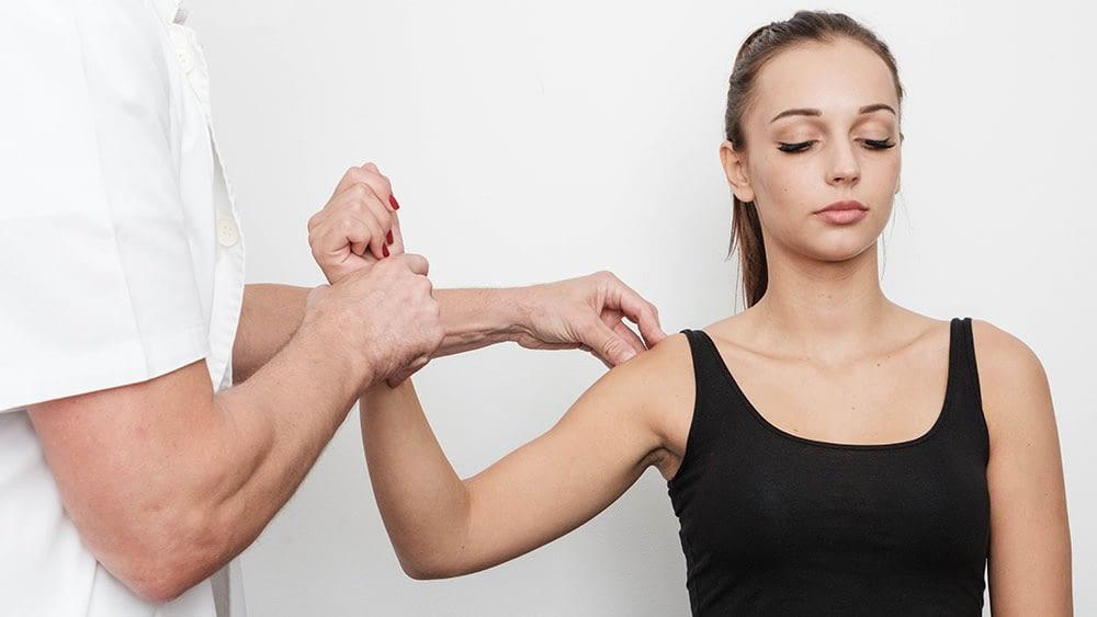 Kineziterapija-ruku